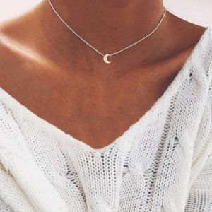 Moon Choker Necklace (Silver)